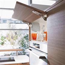 Klapbeslag til køkkenlåge. Køb hævebeslag & liftbeslag online her